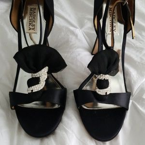 Brand new Authentic Badgley Mischka satin heels